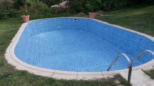 Reparacion de piscina - Liner instalado y listo para rellenar