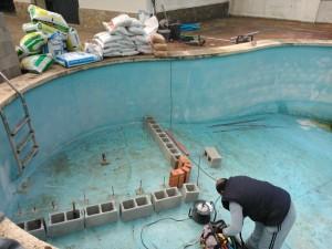 Reparación de piscina - inicio de la obra