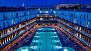 Fantástica vista de noche de la piscine del HOTEL PISCINE MOLITOR