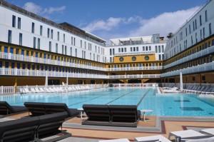 Vista actual de la piscina del HOTEL PISCINE MOLITOR